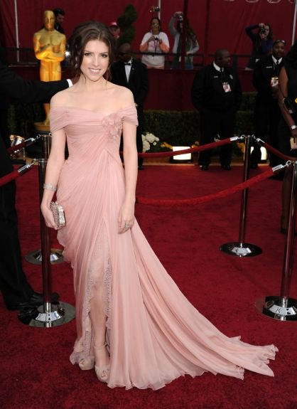 Anna Kedrick at the Oscars 2010 in a Elie Saab Haute Couture dress.