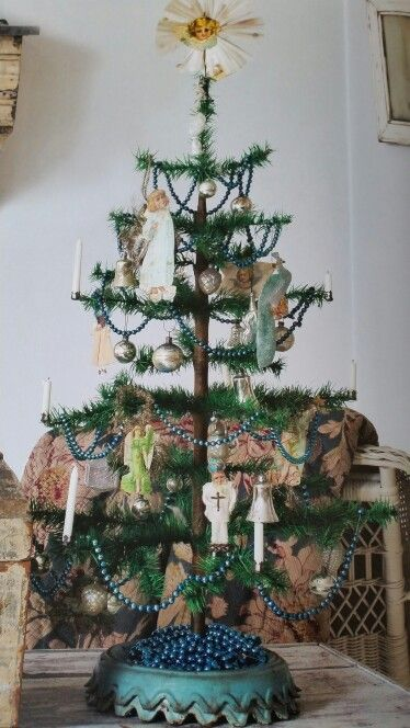 "nina hartmann, vintage by nina.com, book ""a winter's tale"" vintage Christmas"