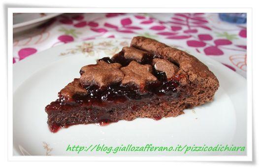 Crostata al cioccolato con marmellata di amarene
