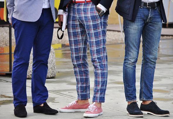 Какого цвета носить брюки под коричневые топ сайдеры