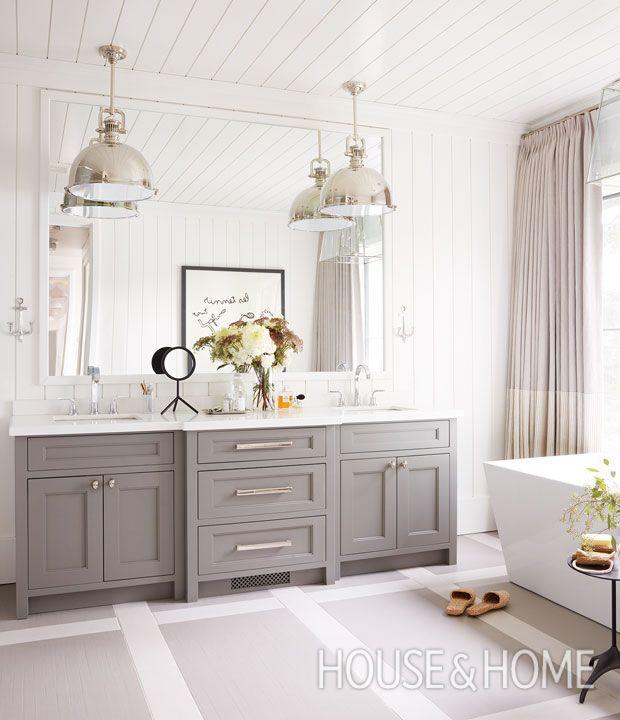 Get bathroom design ideas for your next reno! | Photographer: Virginia Macdonald | Designer: Cory DeFrancisco