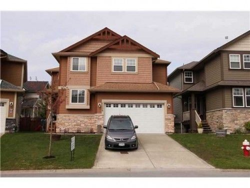 Stunning immaculate 5 Bedroom  den   4 bath home. Open house Sat,Aug 31st, 2-4 PM