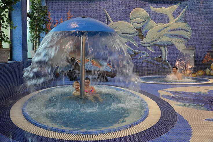 Jesień to sezon na... grzyby! ;) Zapraszamy pod grzybek wodny do naszego Aquaparku w Muszynie. http://www.hotelklimek.pl/hotelklimekspa/aquapark #hotel #klimek #muszyna #krynica #aquapark #dlarodziny #pływanie #swimming