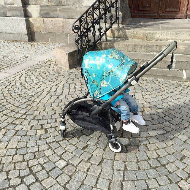 The Bugaboo + Van Gogh Bee looking so summery in the sunshine! This cobblestone walk makes for a great pic by Instagrammer @emmakinsta . This is just once piece of an entire Van Gogh collection by @bugaboohq #bugaboovangogh