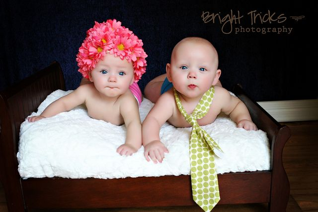 twins?Newborns Photos, Gift Ideas, Twinslov Baby, Baby Pictures, Twinslov Newborns, Cute Twin, Twinscut Baby, Boys Girls Twin Pictures, Twin Photos
