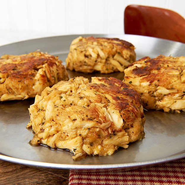 As Seen on Diners, Drive-Ins and Dives: Stoney Creek Inn Crab Cakes