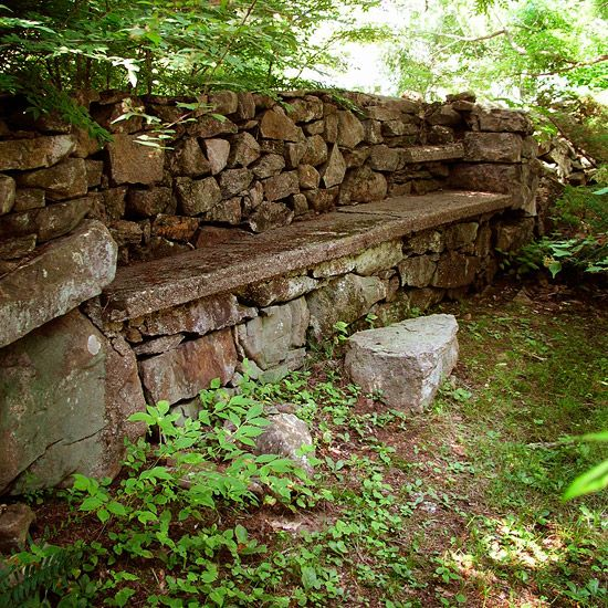 Dry stacked garden walls. (13 styles here)