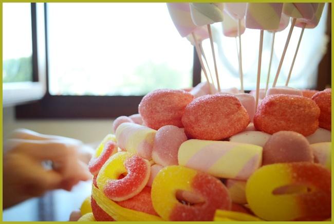 Tweedot blog magazine come fare una finta torta di - Casa di caramelle ...