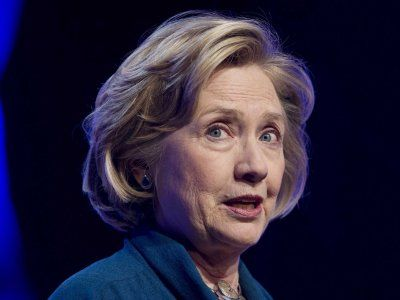 Hillary Clinton's Book Is Being Destroyed By Critics      Colin Campbell>>>>>      Jun. 9, 2014, 9:47 AM