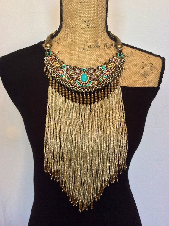 Bead Embroidery Bib Necklace with Beaded Fringe por perlinibella                                                                                                                                                                                 Más