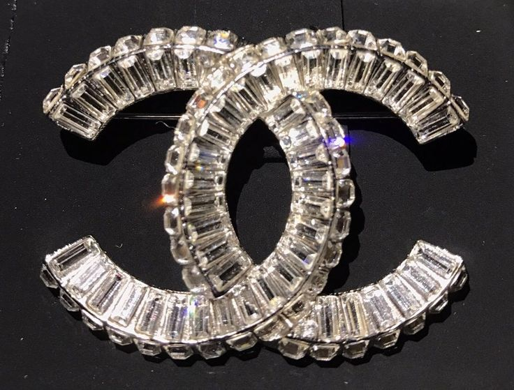 New Only 1 NIB CHANEL Large Jumbo CC Logo Swarovski Pave Crystals Pin Brooch #Chanel