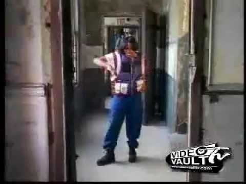 Ruff Neck - MC Lyte  AAAAAAAAAAAAAAAAAYE!!!!!!!!!!!