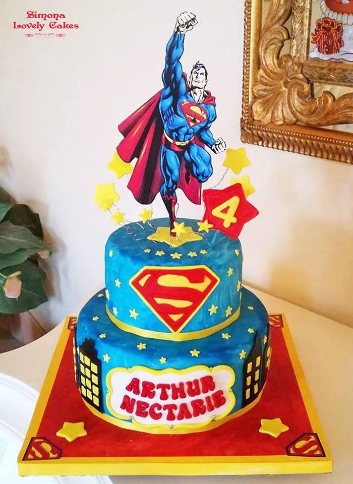 oltre 1000 idee su torte superman su pinterest superman torte di compleanno torte di batman e. Black Bedroom Furniture Sets. Home Design Ideas