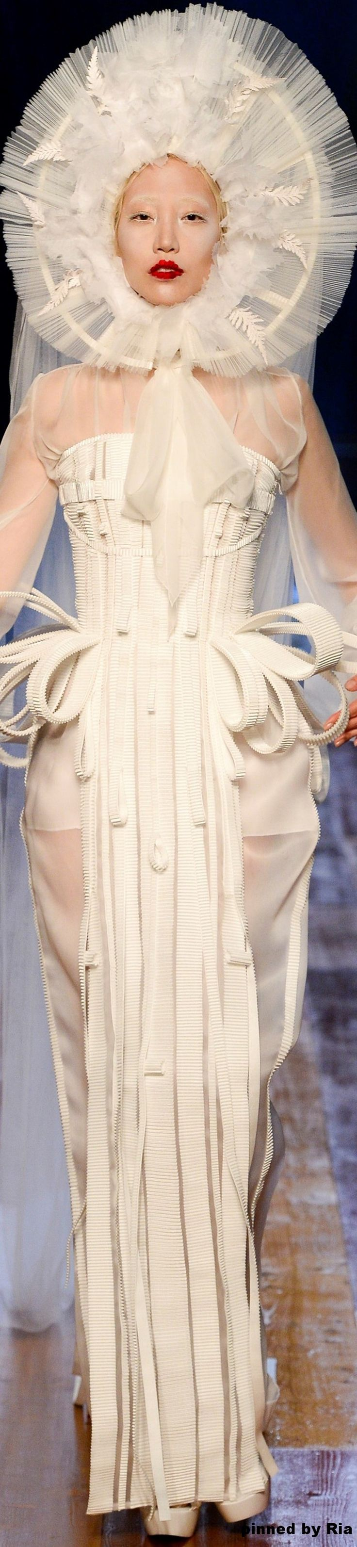 Jean Paul Gaultier FW 2016-17 Couture l Ria