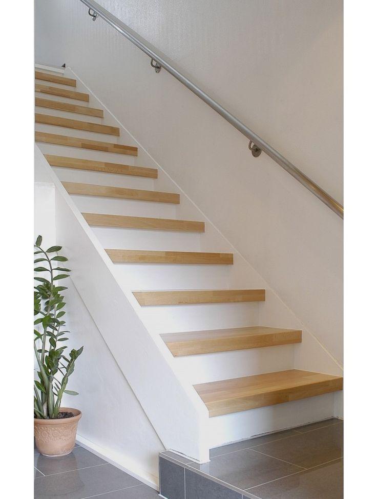 die besten 25 setzstufen ideen auf pinterest wei e treppe treppe holz und handlauf holz. Black Bedroom Furniture Sets. Home Design Ideas