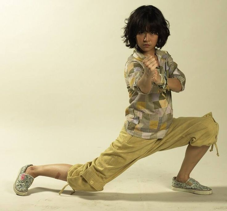 Jeeja Yanin... an amazing young female martial artist...she's my role model XD