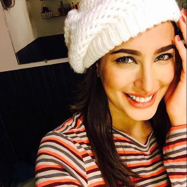 Helllooo  #MehwishHayat #Stunner #MevHayat #Gorgeous  #Mehwish #Beauty #MehwishHayatFan I am #MehwishHayatFans Family #Beautiful #Stunning #Diva @mehwishhayatofficial #Queen of #Hearts and my #Cutiepie Mev  #MehwishHayatSource #QueenMehwish #Jpna #Jpna2 #PunjabNahiJaongi #Actorinlaw  #Dillagi #MereQatilMereDildar  #Pakistani #Actress and #Singer #Cutie #BeautyQueen  Facebook Instagram & Twitter #MehwishHSource