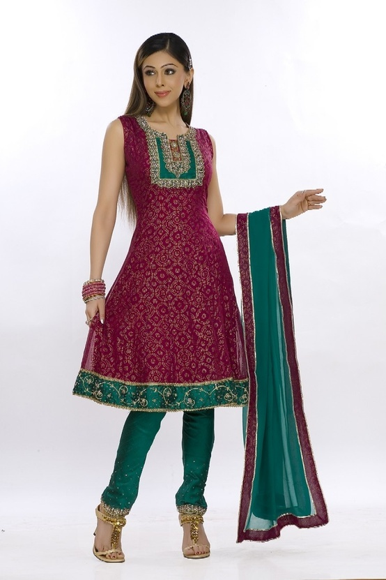 Pretty Indian Suit to wear at a wedding function