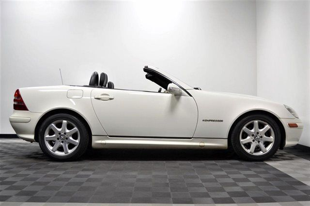 2002 Slk 230 White Black Int Mint Cont One Owner With Images