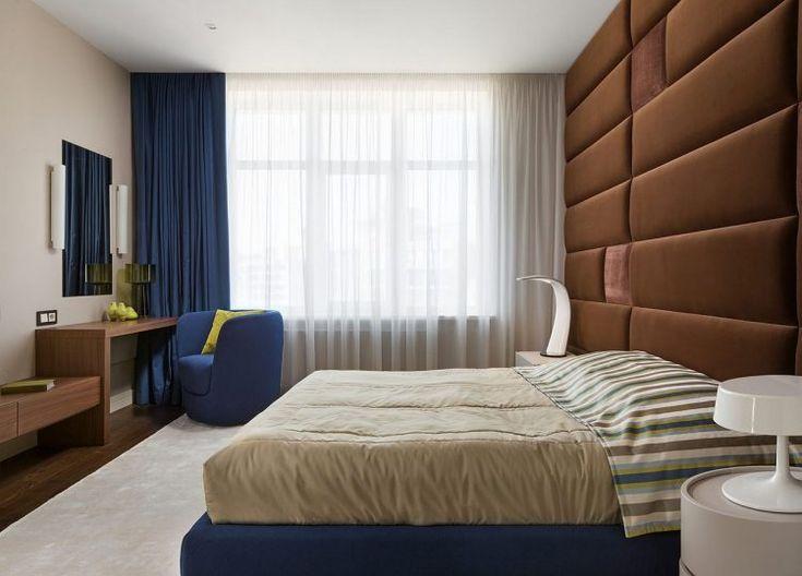 Csokoládébarna, bézs, szürke és fa - két elegáns lakás kellemes színekkel
