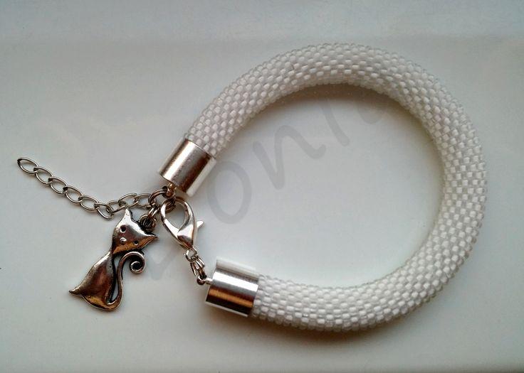 Bead Crochet Bracelet - crystal white