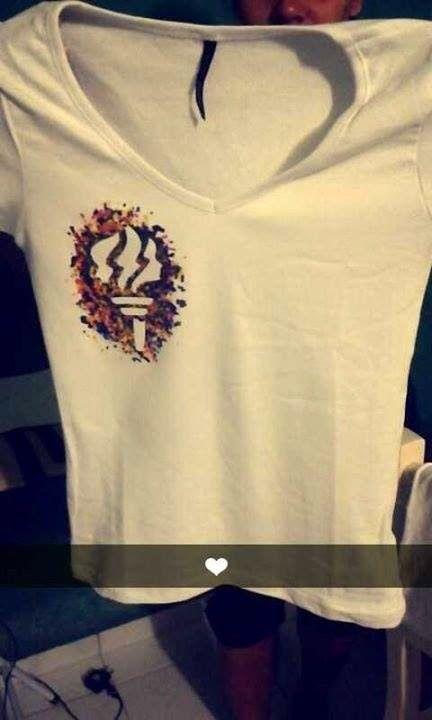 As Tontas Vão Ao Céu: Camisetas Pintadas com Giz de Cera - Tocha das Moças (Ala Residencial Cocaia)