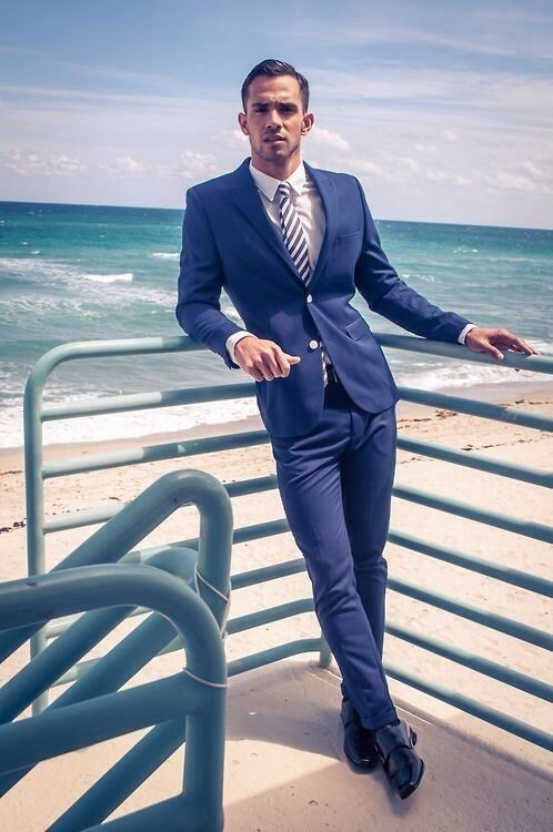 Gentleman blue Suit #menssuits #mensfashion