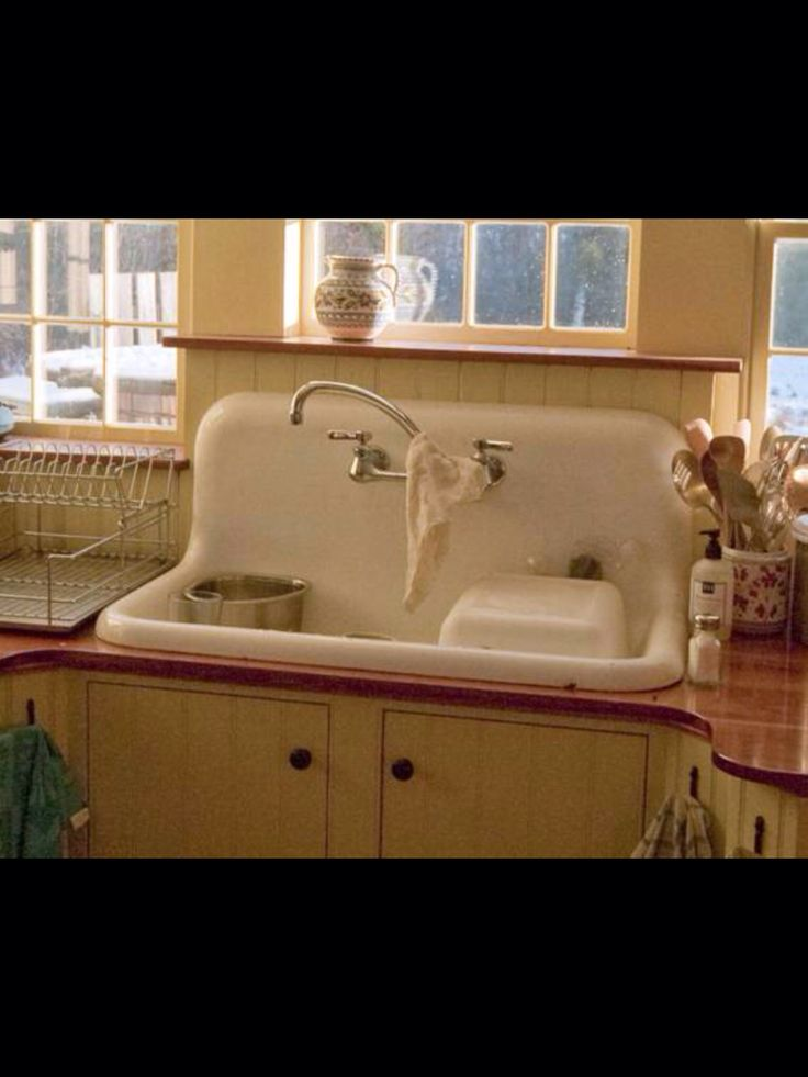 24 best Farm sinks images on Pinterest | Old sink, Kitchen sinks and ...