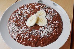 Schoko-Bananen-Kokos-Porridge kalorienarmes Frühstück
