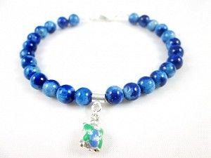 Bratara realizata manual din jad multicolor si o testoasa din argint, pictata manual cu email (uscare la rece) albastru/ verde. Siver handcrafted bracelt. #jewelry #silver #bracelet #bratara #argint #talisman #roxoboutique