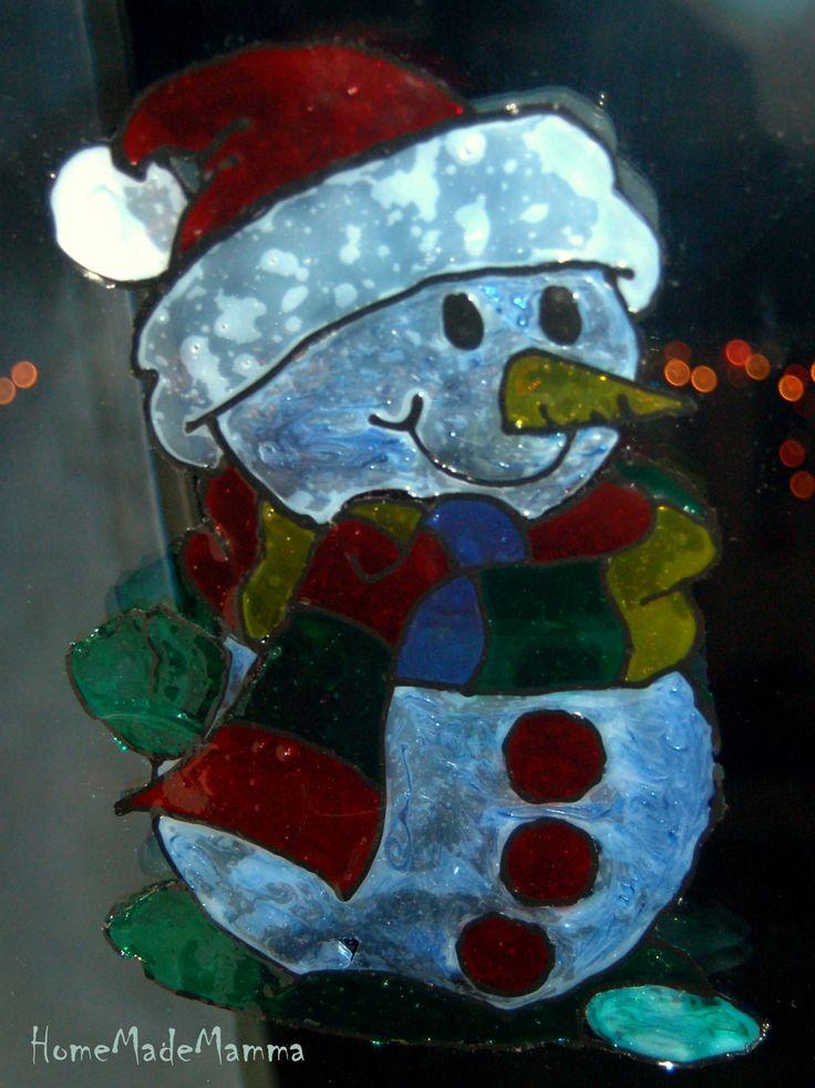 Alberelli, candele, renne: vetrofanie natalizie fai da te