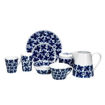 Rörstrand - Mon Amie Jag önskar mig: 1. Flera av den lilla skålan (den som ligger i den större). 2. Mer tekoppar (den breda och stora) 3. Fler assietter 4. Kannan Finns att köpa på de flesta porslinsbutiker