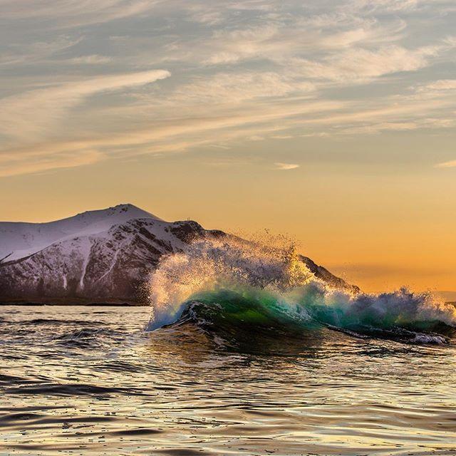 #wave in #sunset #hustadvika #atlanterhavsveien #atlaticoceanroad