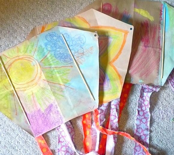 Let S Go Fly A Diy Kite Homemade Kites Waldorf Crafts