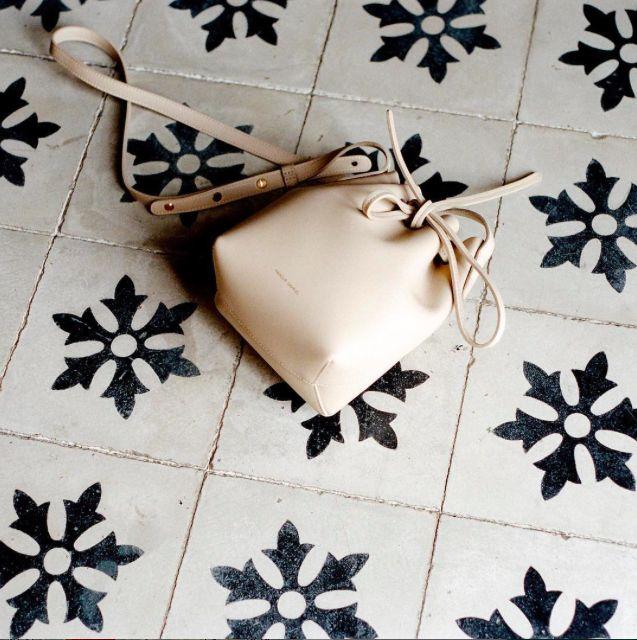 mansur gavriel bucket bag beige itbag httpwwwvidedressingus