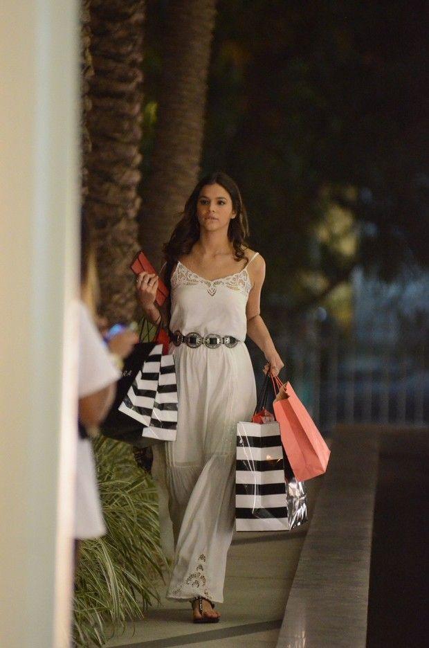 Bruna Marquezine, Shopping, Dress, Style