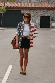 I absolutely love this button downFashion, 4Thofjuly, America, Style, Fourth Of July, Red White Blue, Outfit, Denim Shirts, 4Th Of July