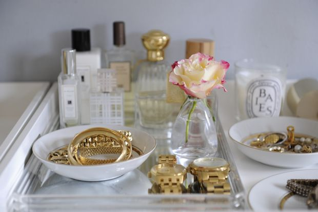 Organized vanity dressing table