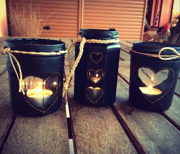 vasetti di marmellata vuoti riciclati..a porta candele