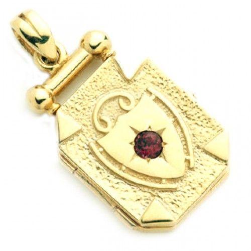 9ct Large Garnet Shield Pendant. gerrim.com