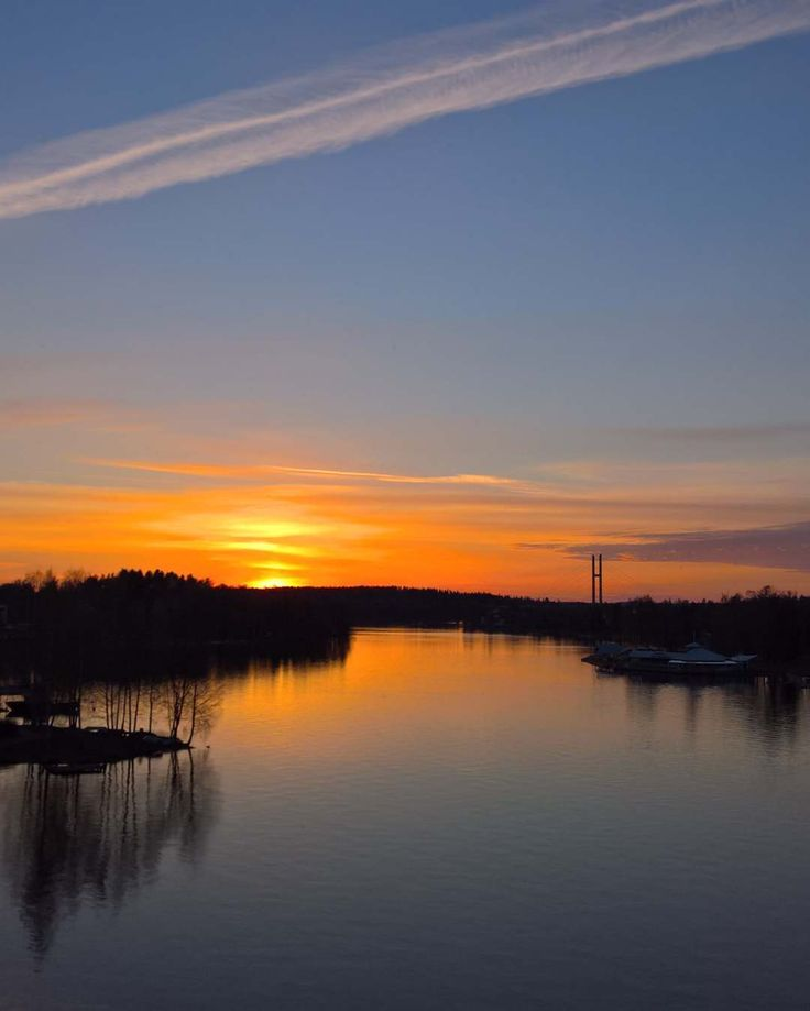 Yesterday #sunset #sunset_stream #sunset_vision #sunset_gallery_ #sunrise_and_sunsets #sunrise_sunsets_aroundworld #finland_bestsunset #loves_skyandsunset #sky_sultans #sky_brilliance #thingsyou_see #fingerprintofgod #shotwithlove #show_us_nature #amateurs_shot #tv_landscapes #igscandinavia #ig_serenity #colors_of_day #kings_meteo #bestnatureshot #fotocatchers #finnishtime #finnishmoments #lovelyfinland #discoverfinland #visitfinland #ourfinland #heinola by finnishtime