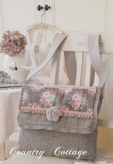 My Country Cottage Garden: TILDA Messenger bag
