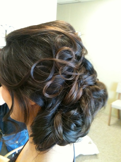 another great bridal hairstyle