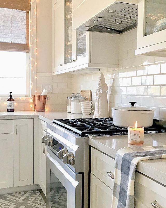 kitchen ideas: fairy lights, white, glass cabinet doors (maybe?)