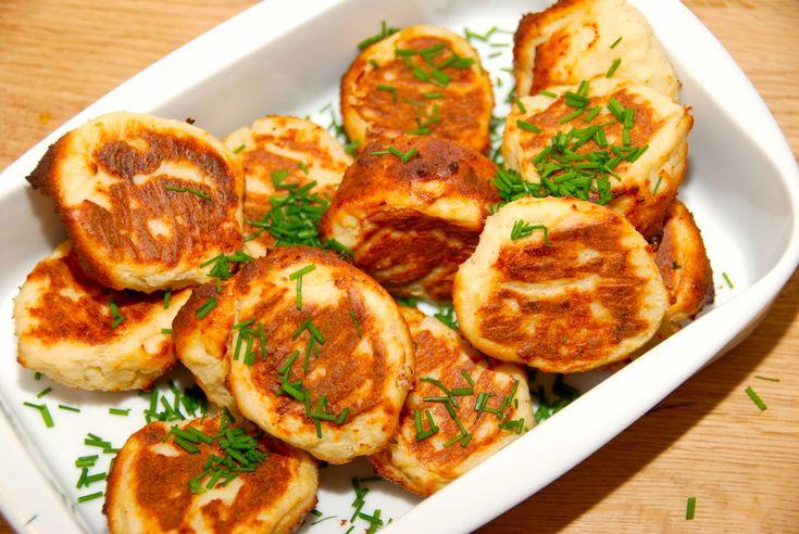 Fiskefrikadeller i ovn (steges i 25 minutter ved 200 grader)