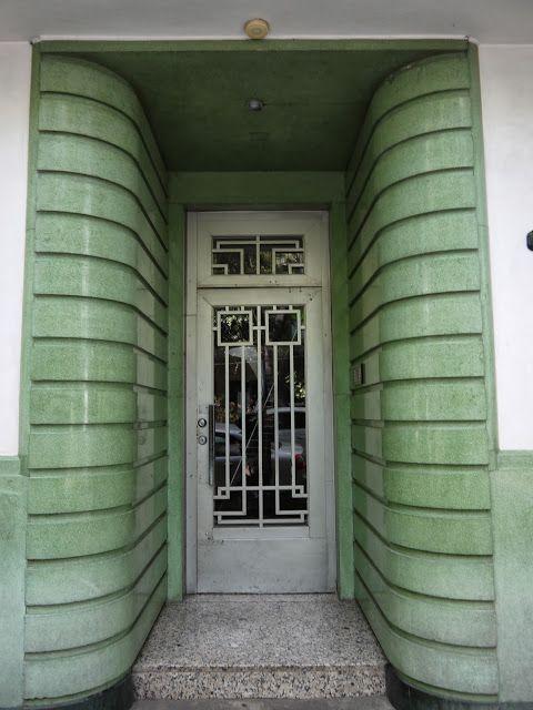 Adrian Yekkes: Mexico City - art deco treasure house
