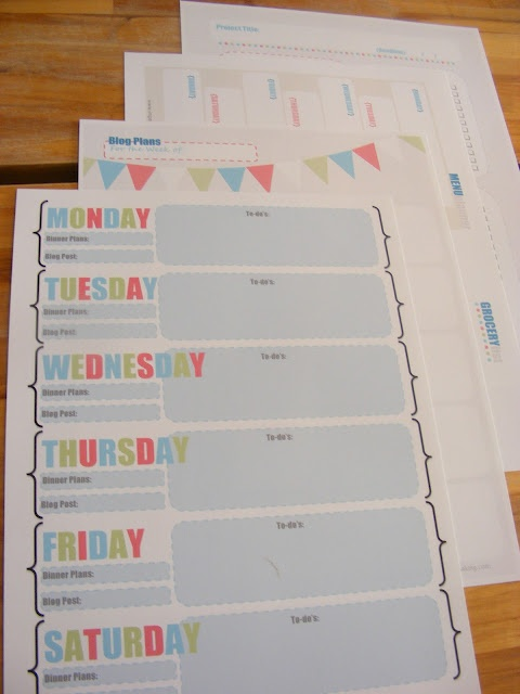 free organization printables - love the bunting.