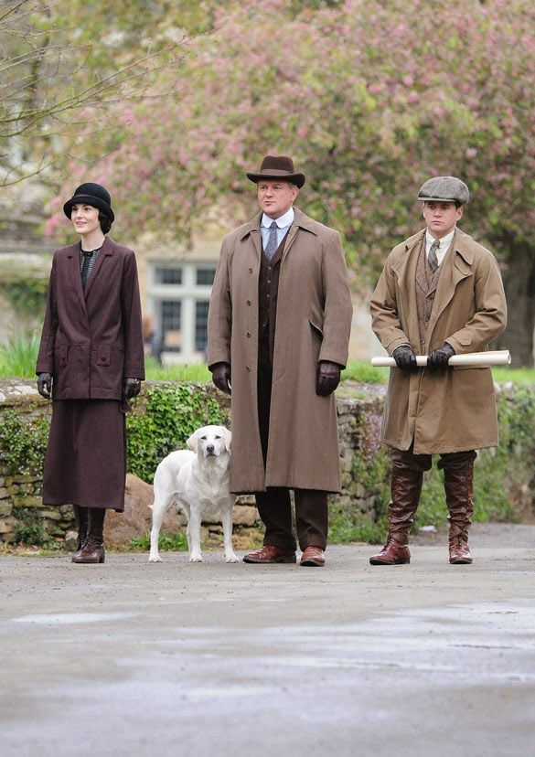 Downton Abbey Season 5. Copare Michele Dockery's burgundy coat to Grandma's dress.