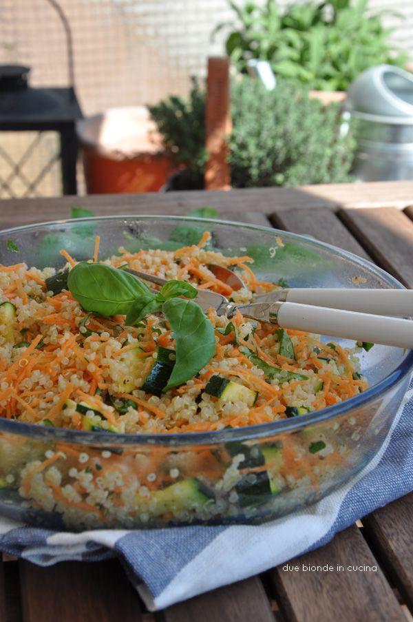 insalata di quinoa con carote e zucchine