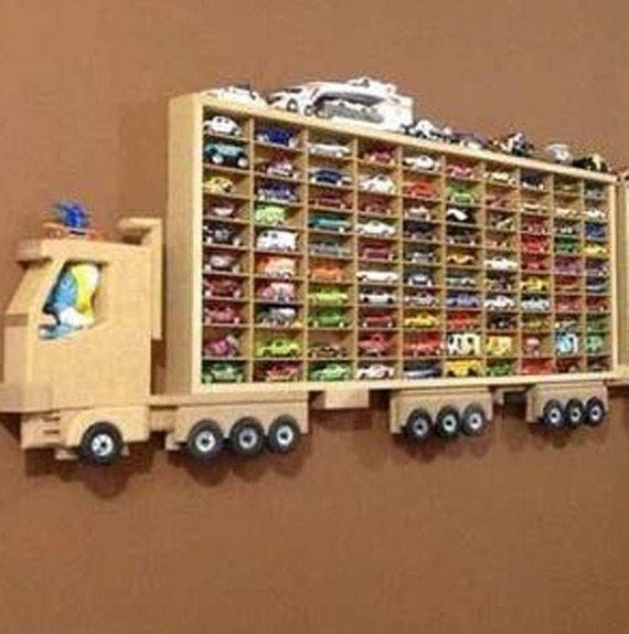 Artículos similares a Estantes de madera, carros estantes, estantes de letras personalizar en Etsy